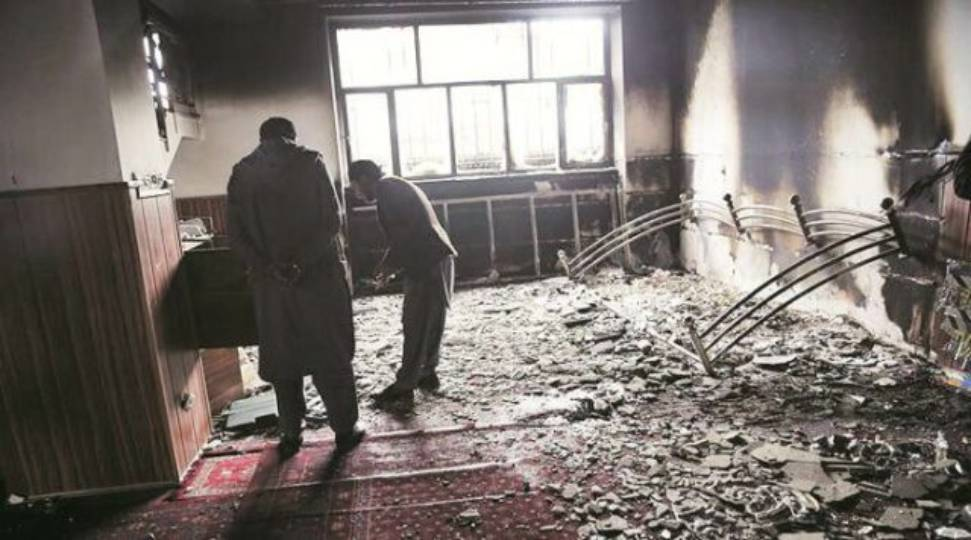 Sikh gurdwara attack in Afghanistan ... more than 100 people held captive ...