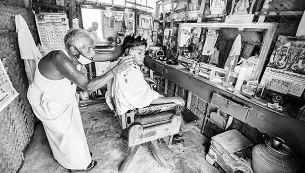 202005261555407117 Tamil News karur near 80yearold barber hairstyle outfit SECVPF