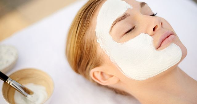 Loreal Paris BMAG Face Mask How to Give Yourself a Spa Like Facial at Home M